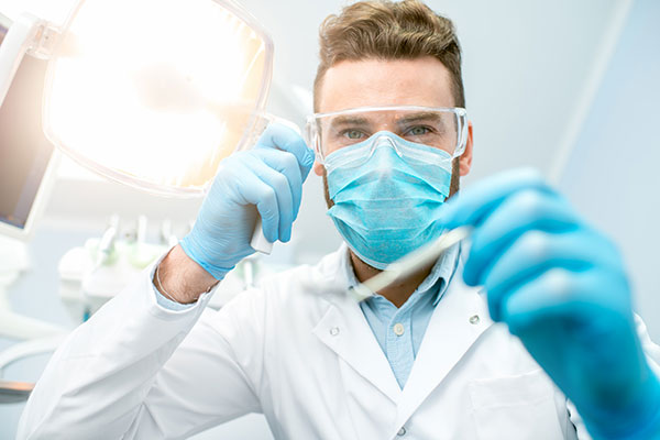 How Dentists Protect Themselves From Infectious Disease Using PPE Per CDC Guidance